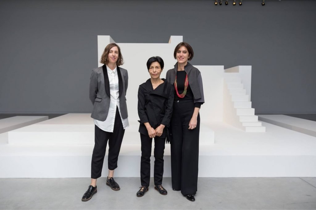 Sofía Dourron, artist Elba Bairon, and Victoria Noorthoorn, at Bairon's exhibition Untitled at the Museum of Modern Art of Buenos Aires, October 2017. Photo by Guido Limardo.
