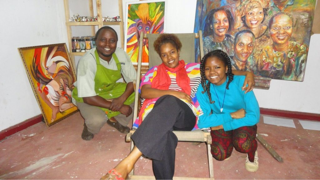 Studio visit at artist Kamunya Wanjuki with my artist daughter Martha Shavuya